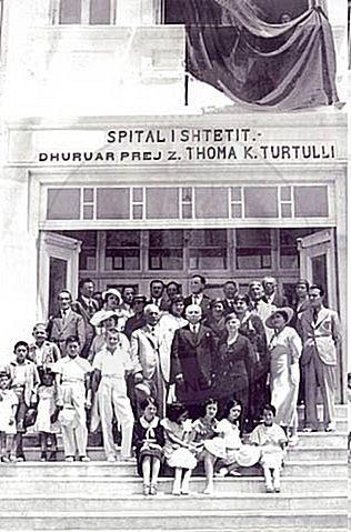 19 Nëntor 1937, ndërron jetë mirëbërësi Thoma Turtulli